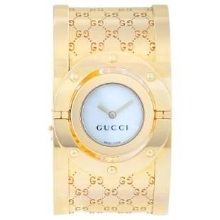 Gucci Twirl 18 Karat Yellow Gold Ladies Watch