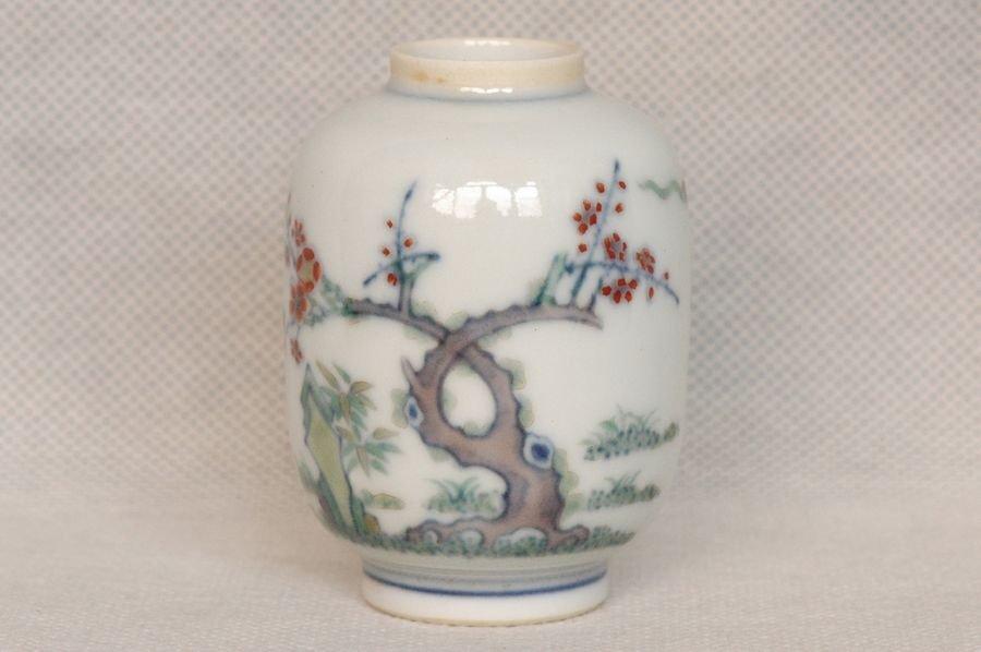 Masterpiece Chinese Qing Doucai Jar Yongzheng Mark and