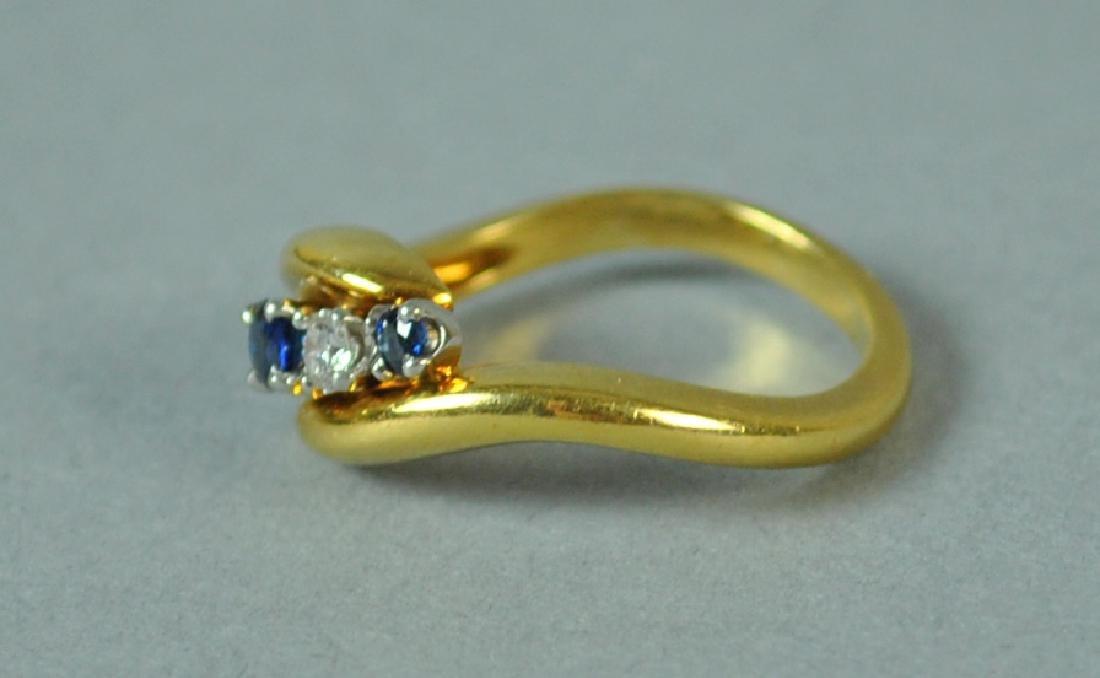 18K & PLATINUM DIAMOND & SAPPHIRE RING - 3
