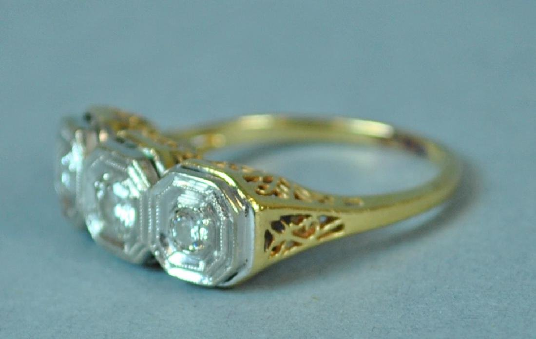ART DECO TRIPLE DIAMOND RING, 0.36CT