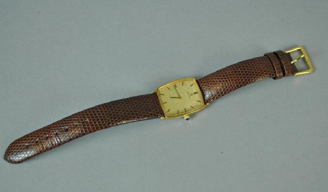 GENTS OMEGA GOLD CASE WATCH - 2