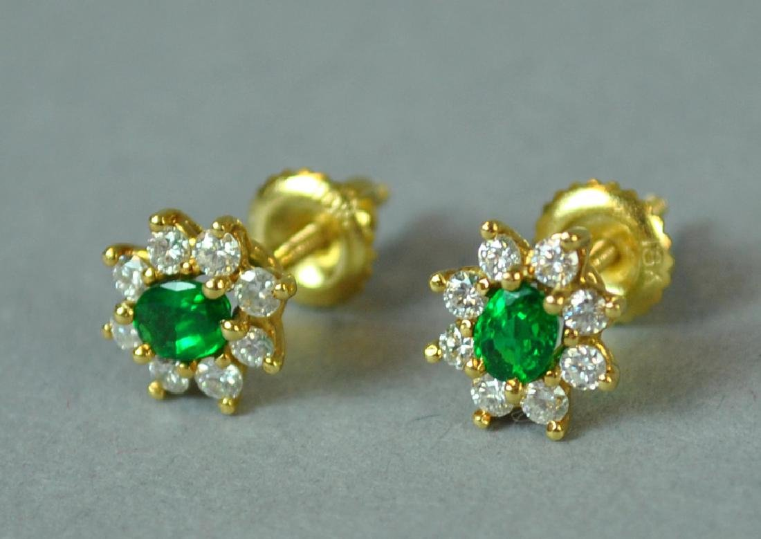 18K EMERALD & DIAMOND EARRINGS - 2