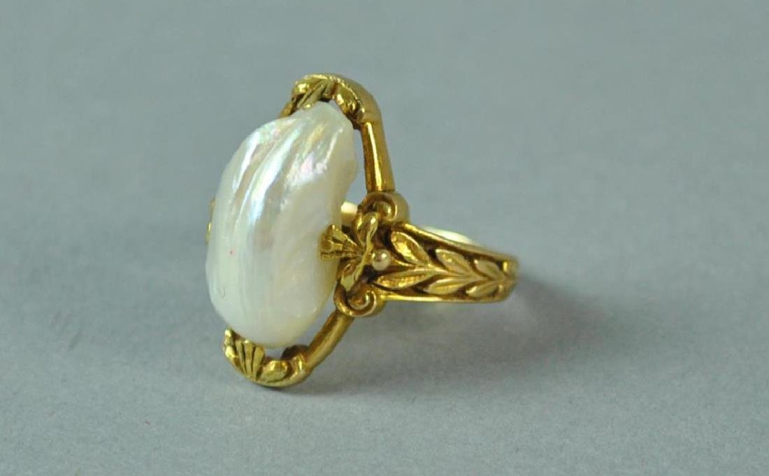 GOLD & BAROQUE PEARL RING