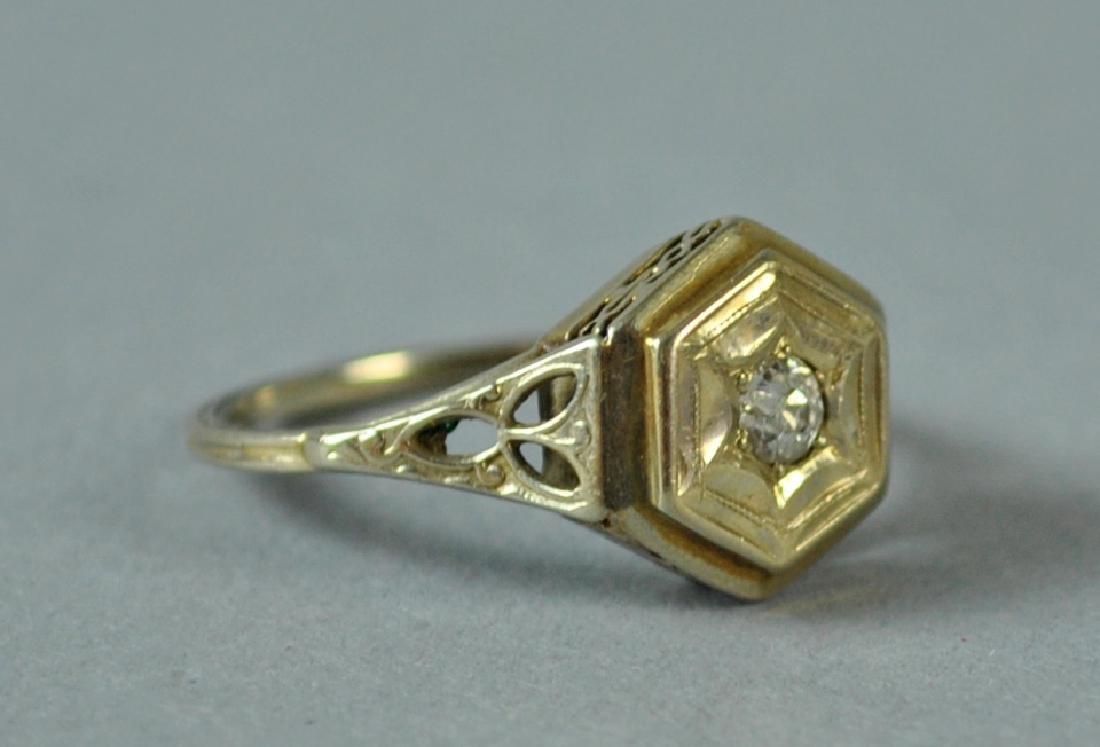 ART DECO DIAMOND RING, 0.10CT