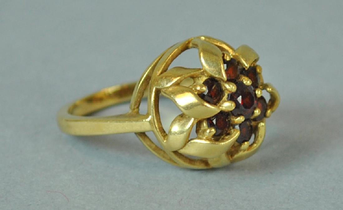 GOLD & GARNET FANCY RING