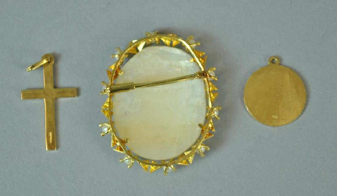 (3) PIECE GOLD JEWELRY GROUP - 2