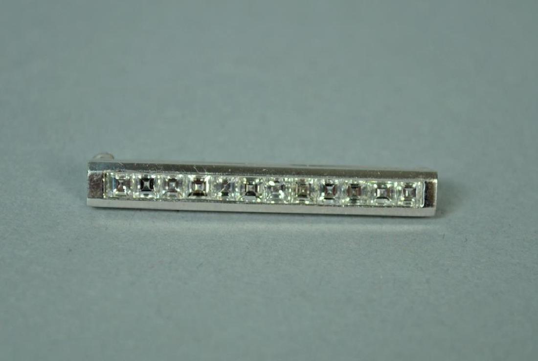 CARTIER PLATINUM & DIAMOND BAR PIN, 1.80CTW