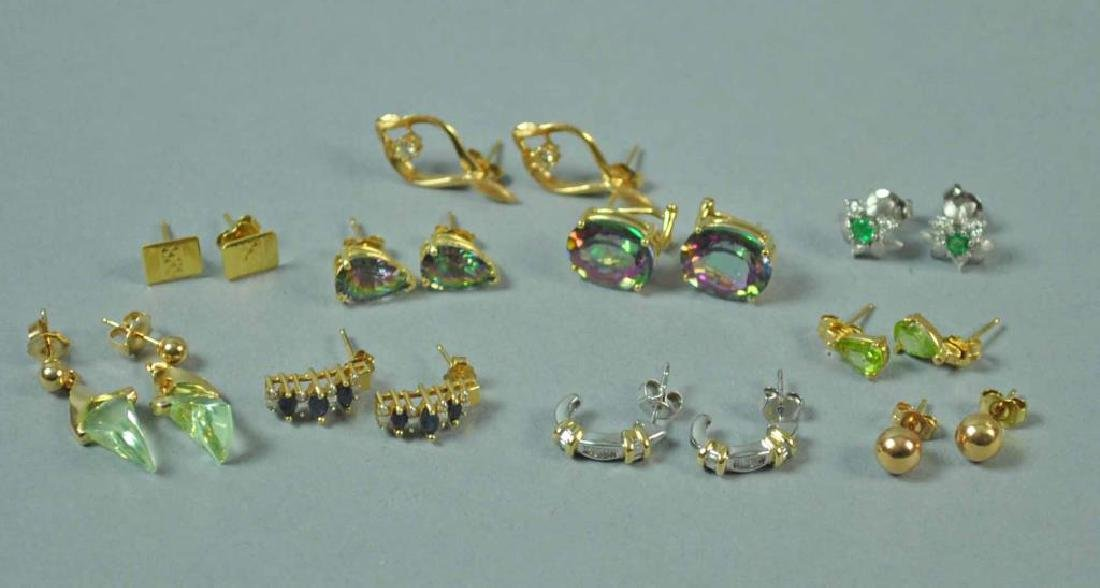 (10) PAIRS OF GOLD PIERCED EARRINGS