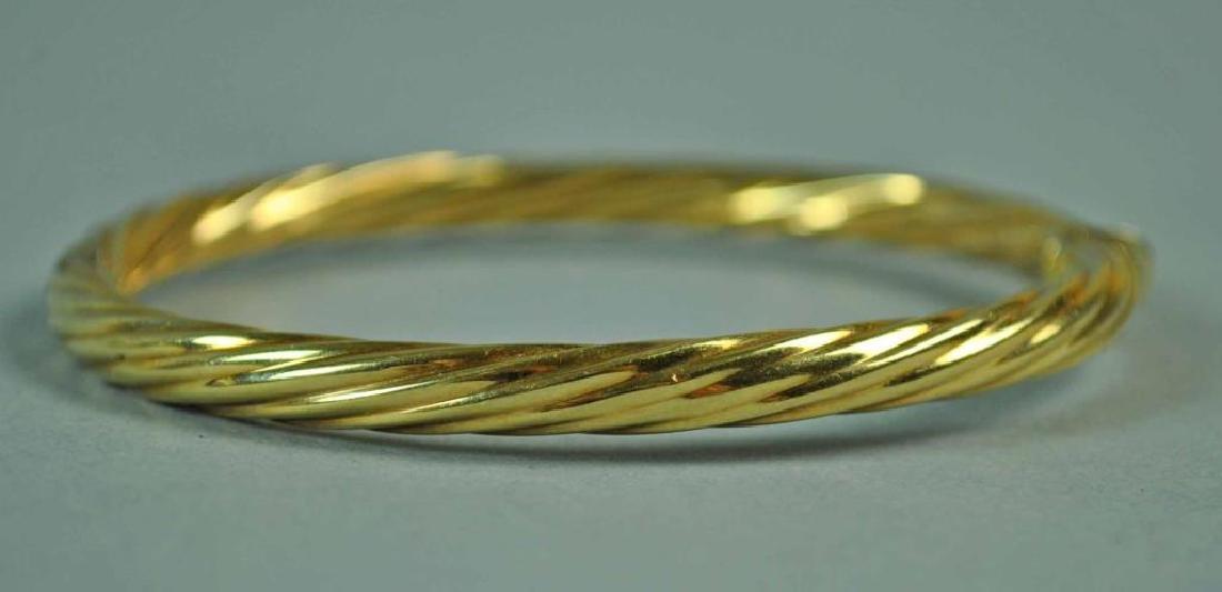 (2) ITALIAN GOLD HINGED BANGLE BRACELETS - 3