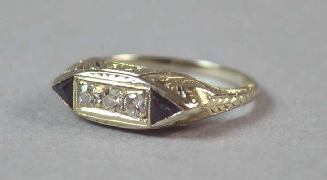 18K ART DECO DIAMOND & SAPPHIRE RING - 2