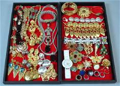 40 PIECES SIGNED COSTUME JEWERLY