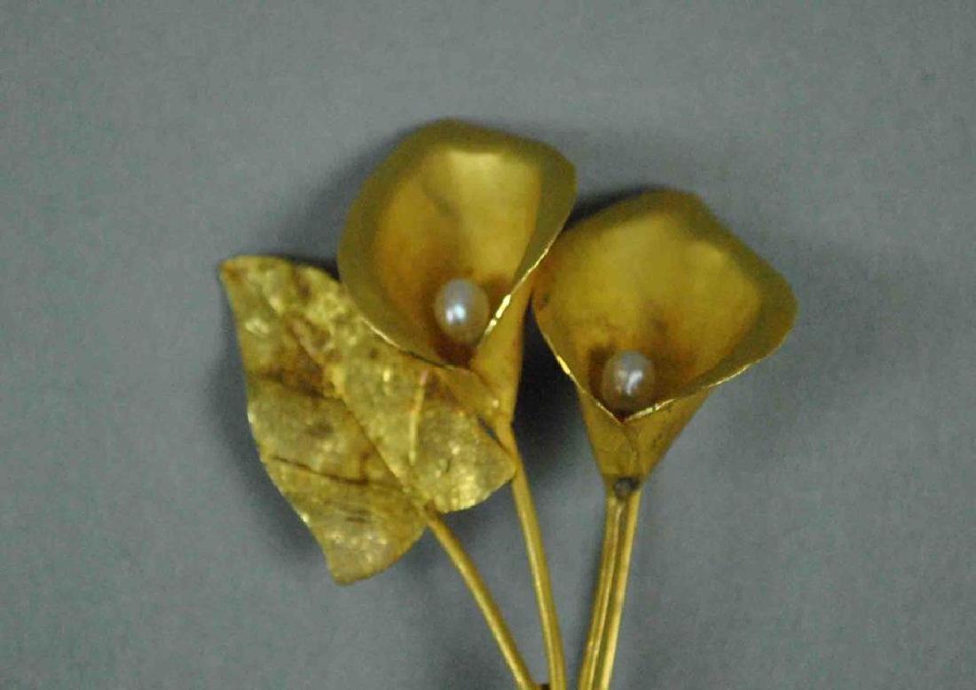 18K GOLD & BAROQUE PEARL CALLA LILY PIN - 2