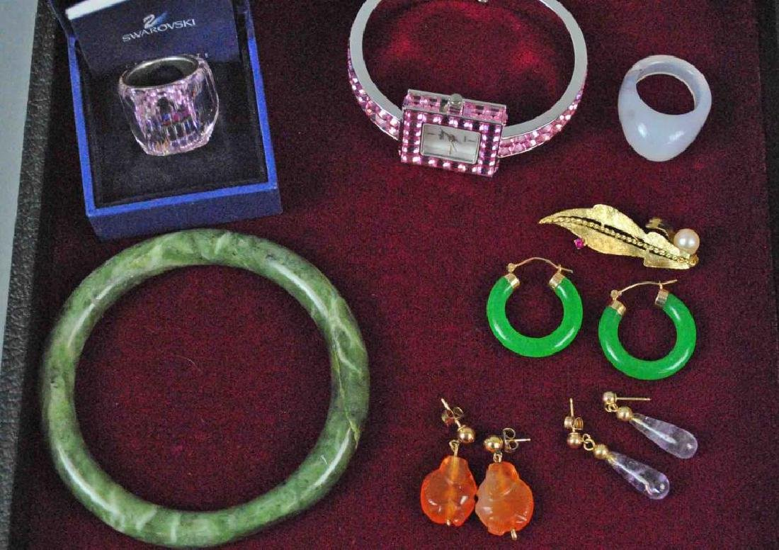 (8) PIECE GOLD & COSTUME JEWELRY GROUP