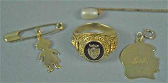 4 PIECE GOLD JEWELRY GROUP
