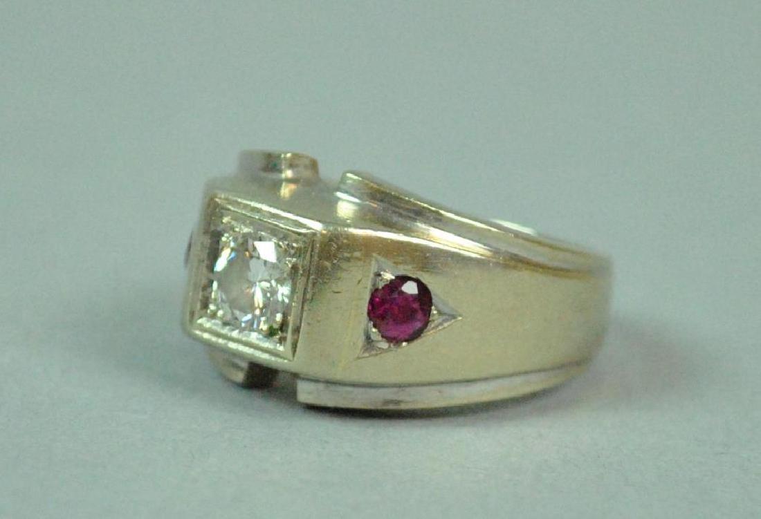 GENT'S DIAMOND & RUBY RING, 0.40CTS