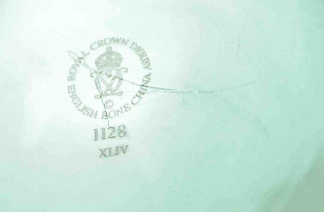 ROYAL CROWN DERBY OLD IMARI OCTAGONAL BOWL - 3