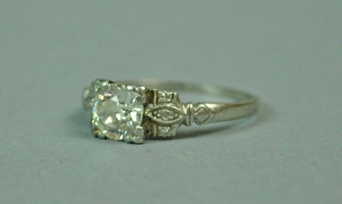 PLATINUM & DIAMOND ENGAGEMENT RING, 0.90CT