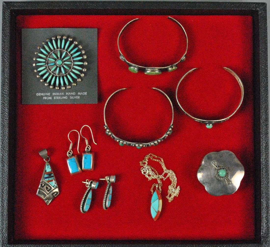 (8) PIECE SOUTHWESTERN TURQUOISE JEWELRY GROUP
