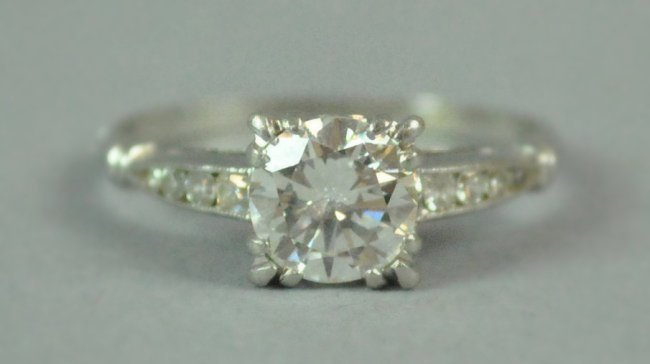 PLATINUM & DIAMOND ENGAGEMENT RING, 1.15CT