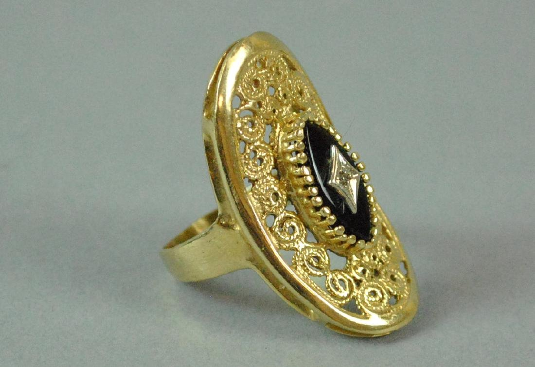 (2) PIECE GOLD JEWELRY GROUP - 3