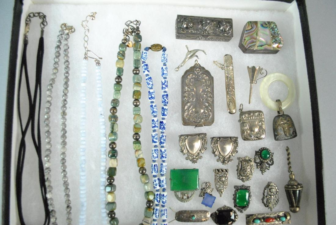 (27) PIECE SILVER JEWELRY & OBJECTS GROUP - 2