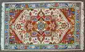 INDIAN HERIZ STYLE WOOL RUG 40 X 27