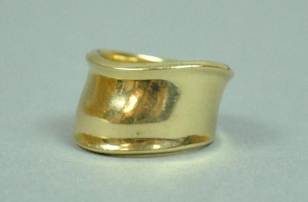 14K MODERN STYLE WIDE BAND RING