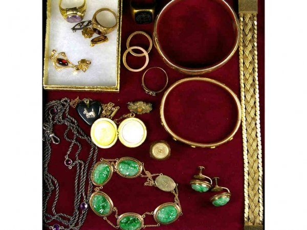 130: 20-PIECE VINTAGE JEWELRY GROUPING