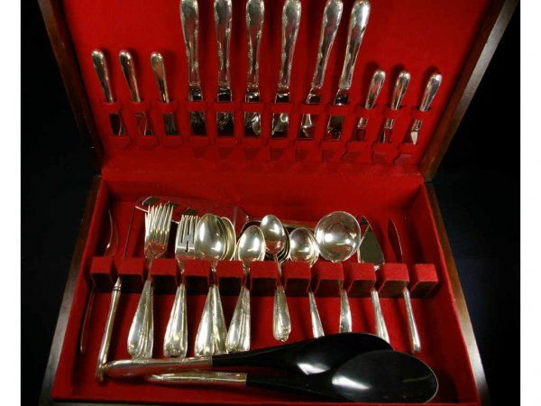 50-PIECE TOWLE 1948 MADEIRA STERLING FLATWARE SET