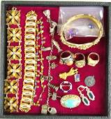221: 13-PIECE VINTAGE COSTUME JEWELRY GROUP including a