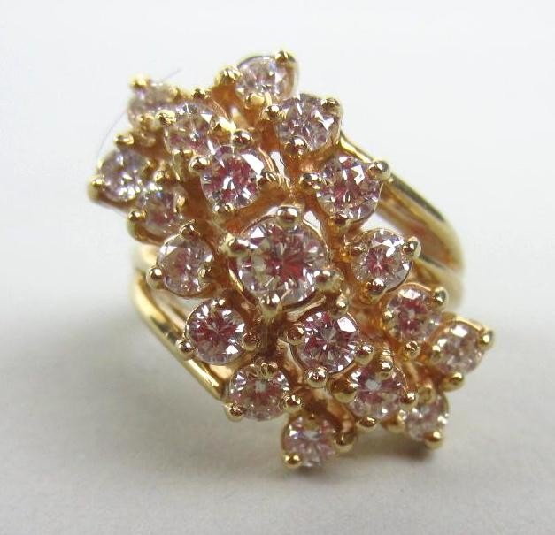 141: DIAMOND COCKTAIL RING, 1.64CTW