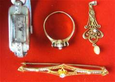 335 4PIECE GOLD JEWELRY GROUP