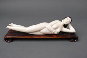 LARGE CHINESE CARVED IVORY DOCTOR'S MODEL