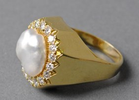 HENRY DUNAY BAROQUE PEARL AND DIAMOND RING