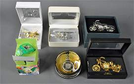 FOUR MINI CLOCKS AND TWO WATCHES