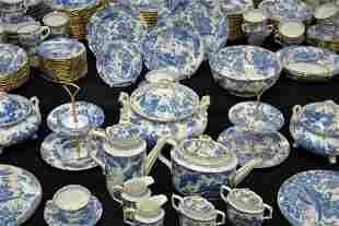 216-PC. ROYAL CROWN DERBY BLUE AVES CHINA SERVICE