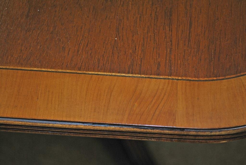 BAKER BANDED MAHOGANY DOUBLE PEDESTAL DINING TABLE - 3