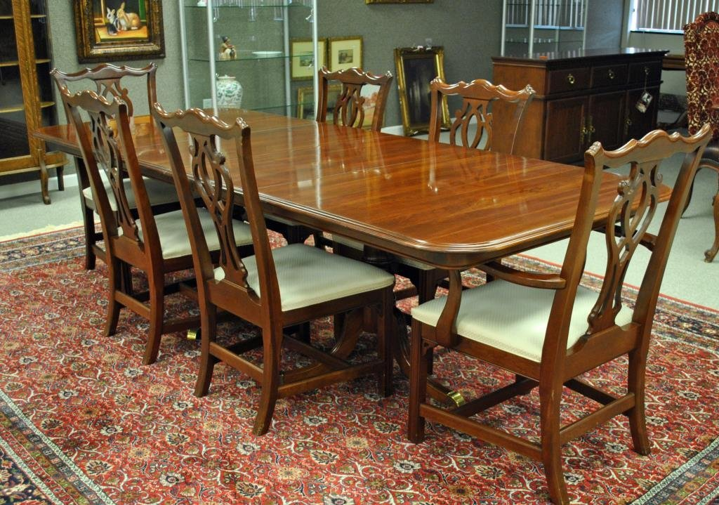 KNOB CREEK SET OF SIX CHIPPENDALE DINING CHAIRS