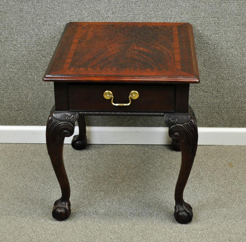 THOMASVILLE MAHOGANY BALL & CLAW FOOT SIDE TABLE