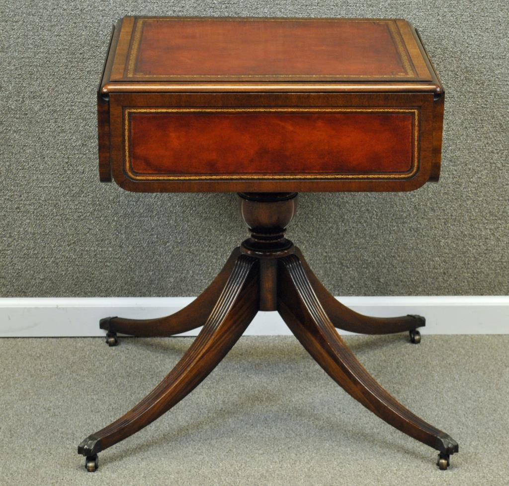 WEIMAN CLASSICAL LEATHERTOP DROP LEAF SIDE TABLE