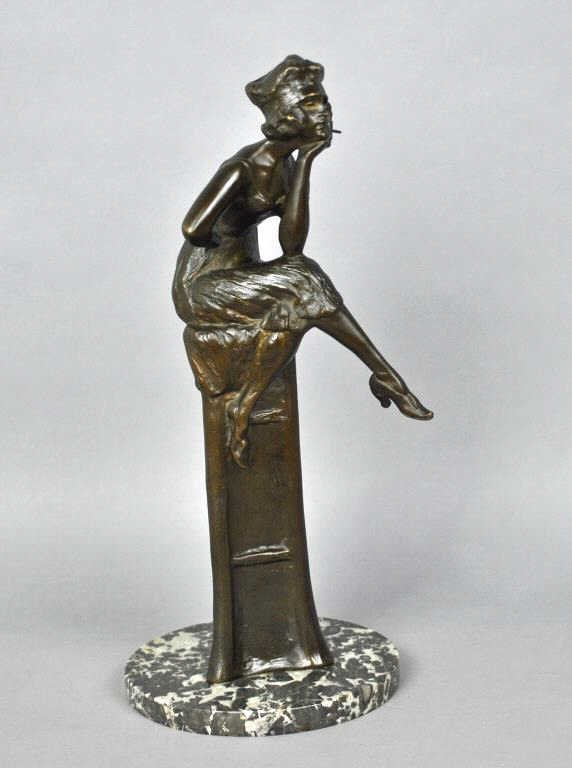 BRONZE SCULPTURE OF A SEATED LADY SIGNED DRAH