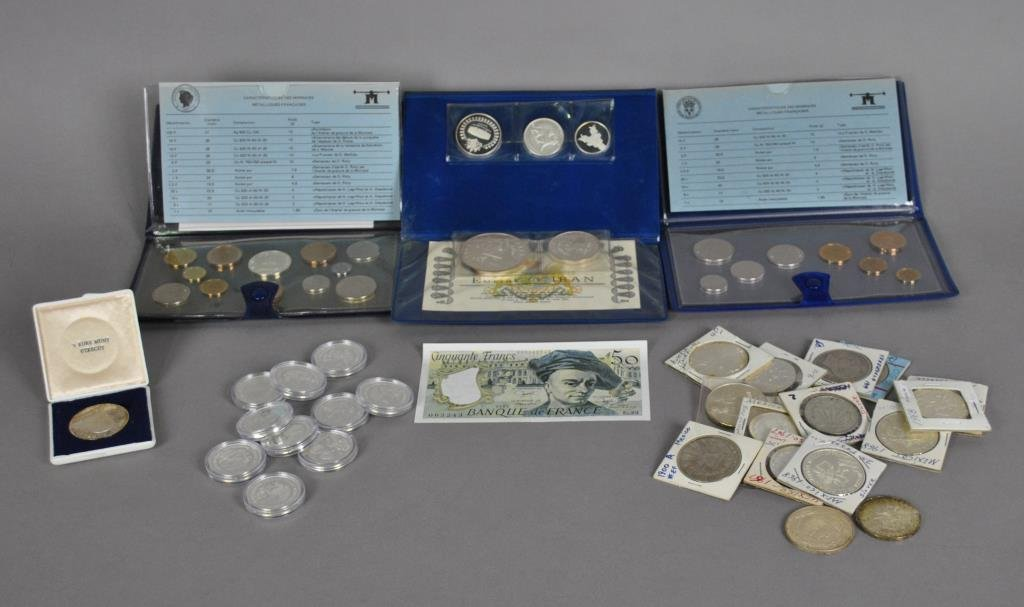 INTERNATIONAL SILVER COIN & COMMEM. COLLECTION