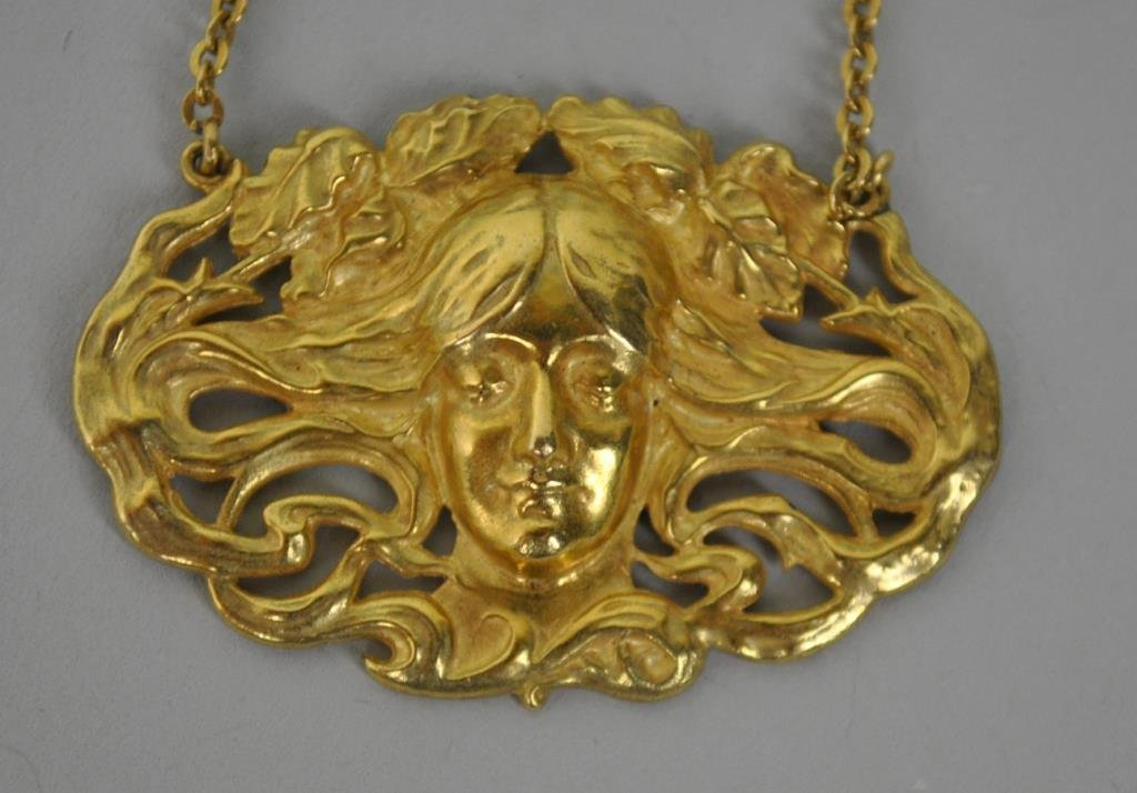 ART NOUVEAU 18K FLOWING HAIR PENDANT NECKLACE