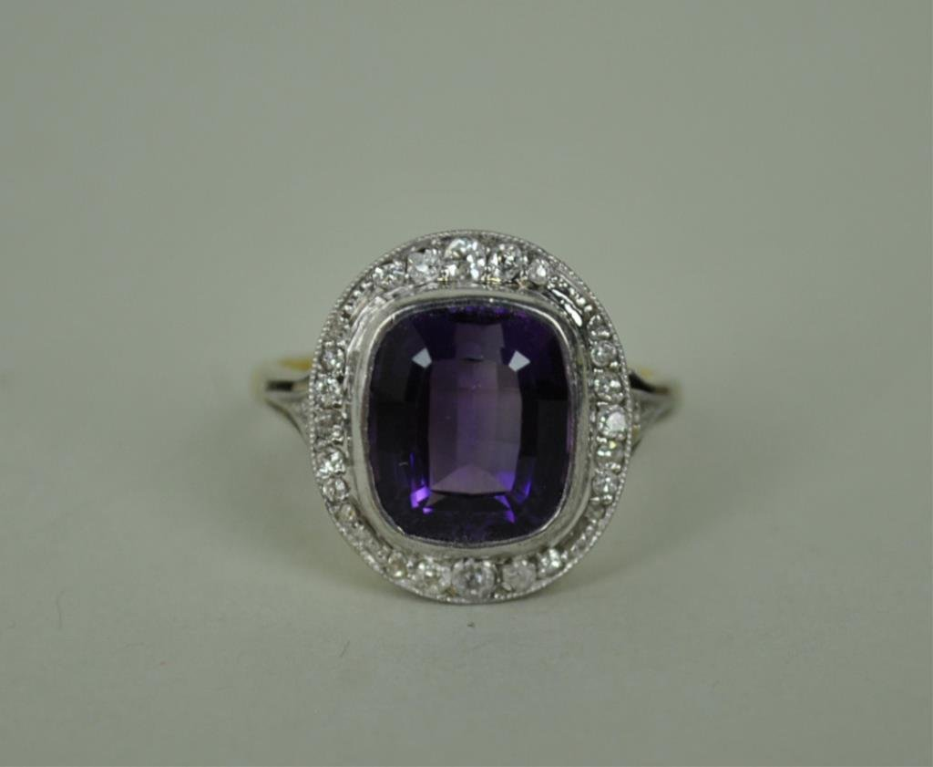 ENGLISH ART DECO AMETHYST & DIAMOND RING