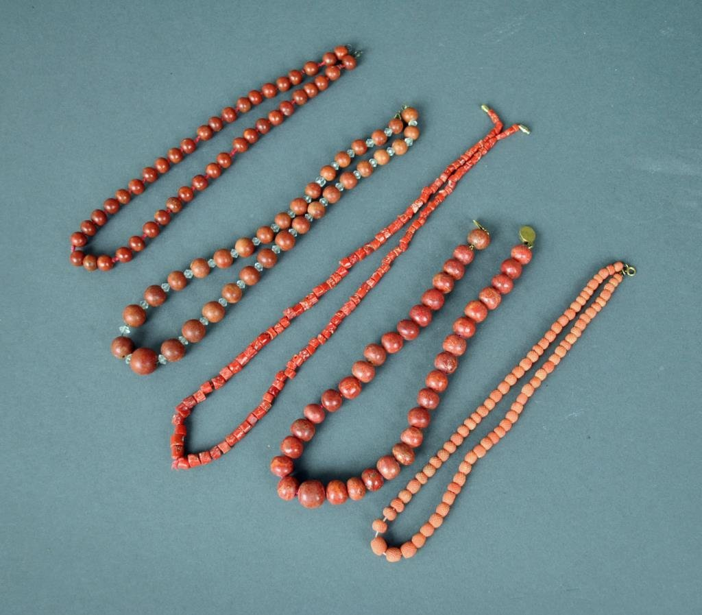 (5) CORAL OR CORAL-STYLE NECKLACES