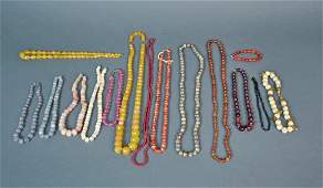 (14) VINTAGE BEADED NECKLACES