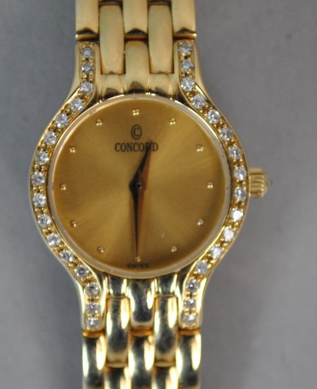 LADIES CONCORD GOLD & DIAMOND BRACELET WATCH