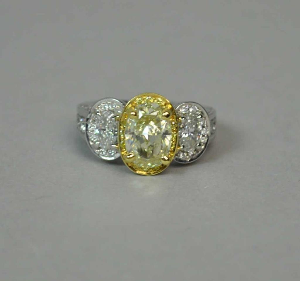 PLATINUM & 18K DIAMOND RING BY GREGG RUTH, 3.83CTW