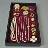 16 PIECE COSTUME JEWELRY GROUP