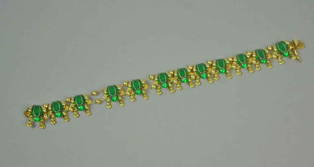 GREEN ENAMELED GOLD FROG BRACELET - 2